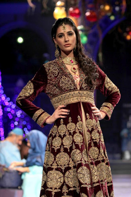 Nargis Fakhri at Aamby Valley India Bridal Fashion Week 2012 Grand Finale