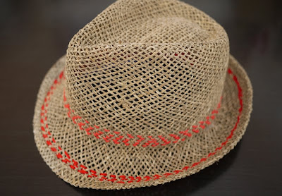 Straw Hat Craft Ideas http://crafterholic.blogspot.com/2011/08/stitched-straw-hat.html