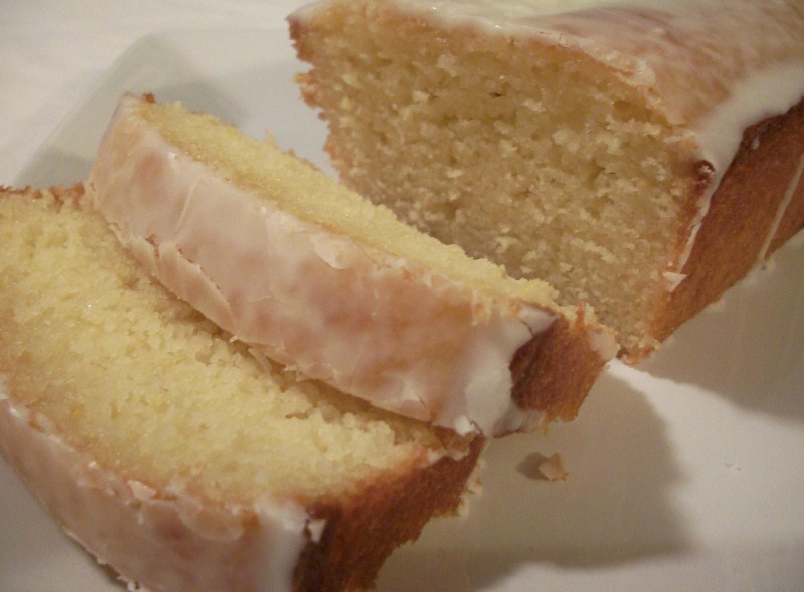 The Big Green Bowl: Lemon Yogurt Cake