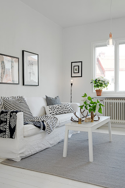 Un piso coordinado en blanco y negro boho deco chic for Corredor deco blanco y negro