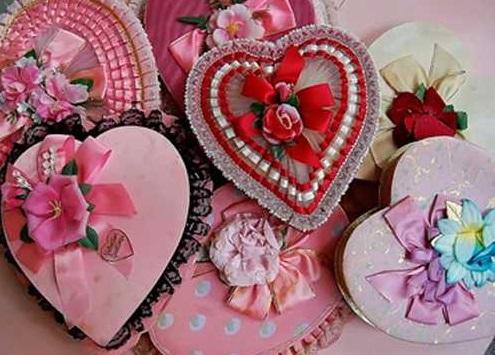kalp şeklinde hediye kutusu