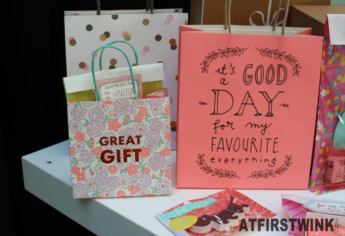 HEMA flowery metallic red print pink quote white confetti gift bags
