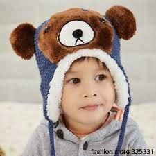 foto gambar bayi pakai topi