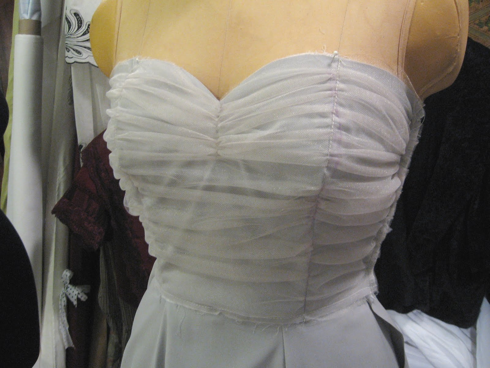 Свадебное платье своими руками: как сшить, выкройки 10
