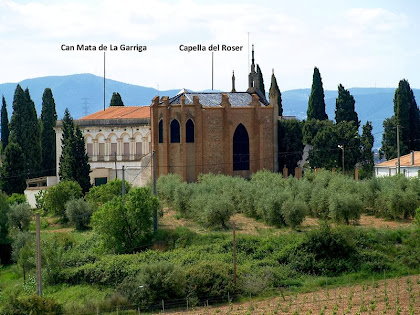 La masia de Can Mata de La Garriga i la Capella del Roser des de la carretera d'Esparreguera a Piera