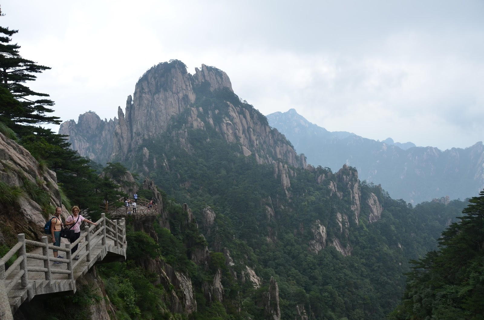 Ken and Jeanie Schneider's China Blog: Huangshan Mountain