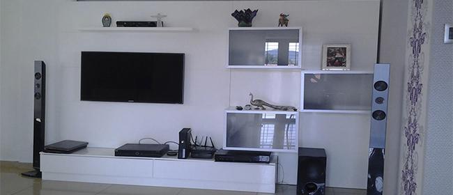 Fabricación y Diseño de Centros de Entretenimiento. Muebles Modulares P&P...