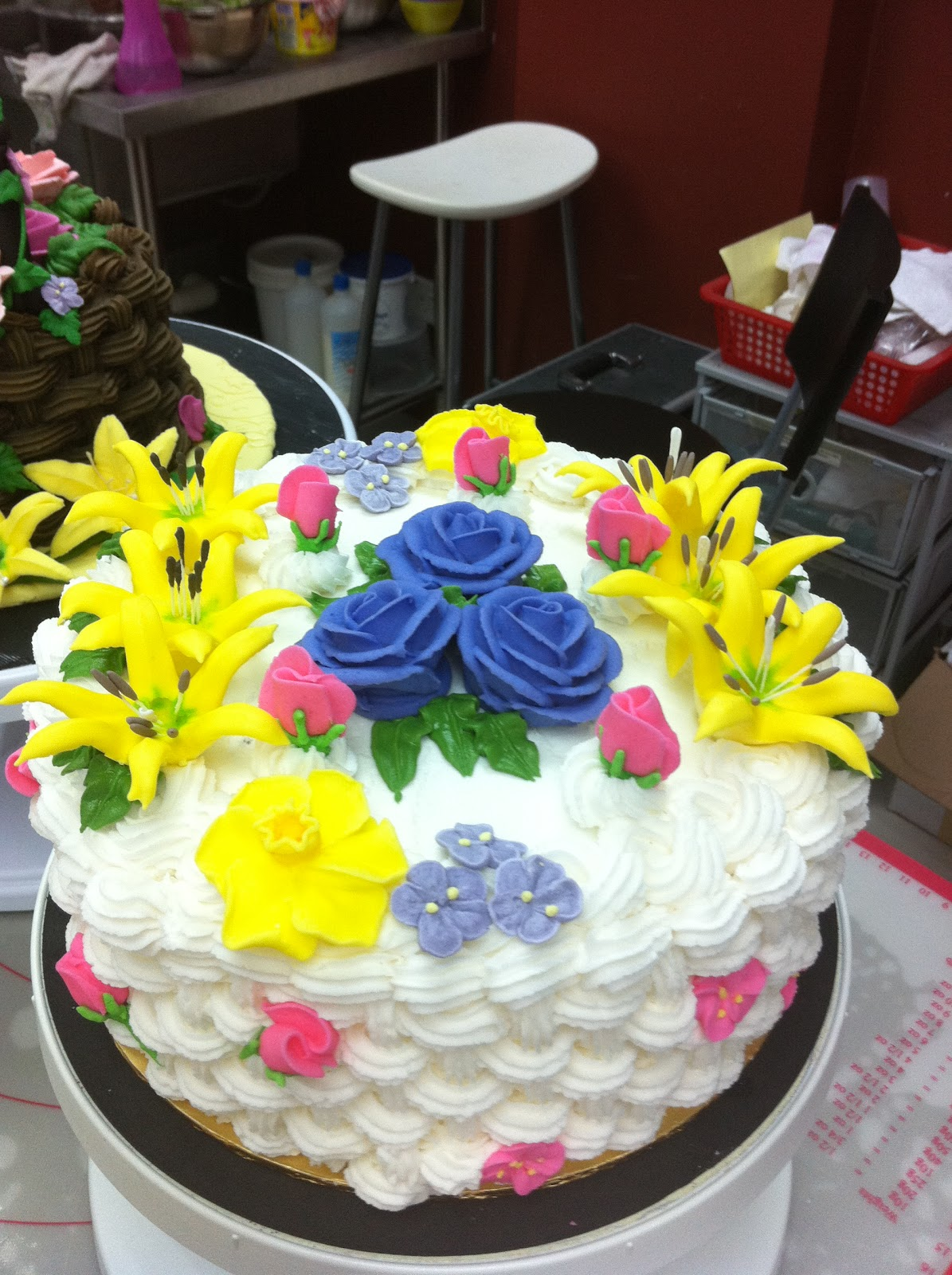 Home May'de Cakes: Wilton cake Decorating Course 2 : Class ...