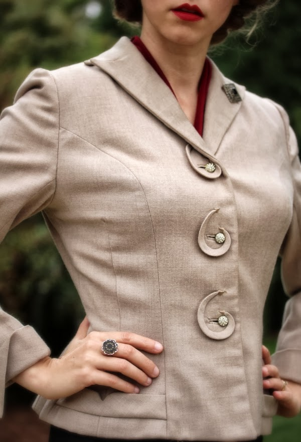 1940s Jacket Detail #1940s #fashion #40s #style #suit