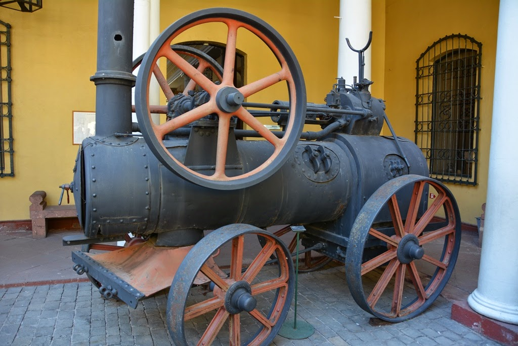 National History Museum Santiago steam train