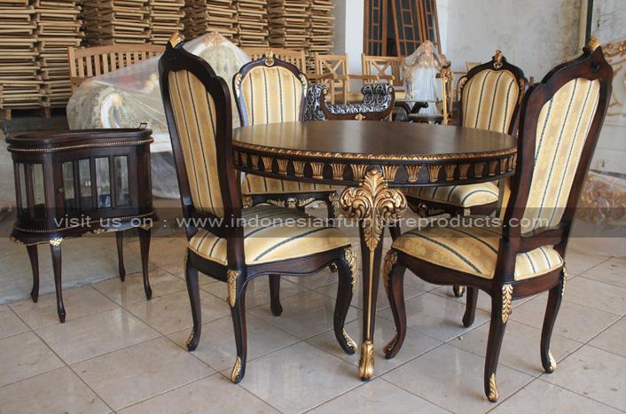 Antique round dining furniture set custom with gold finish on decor