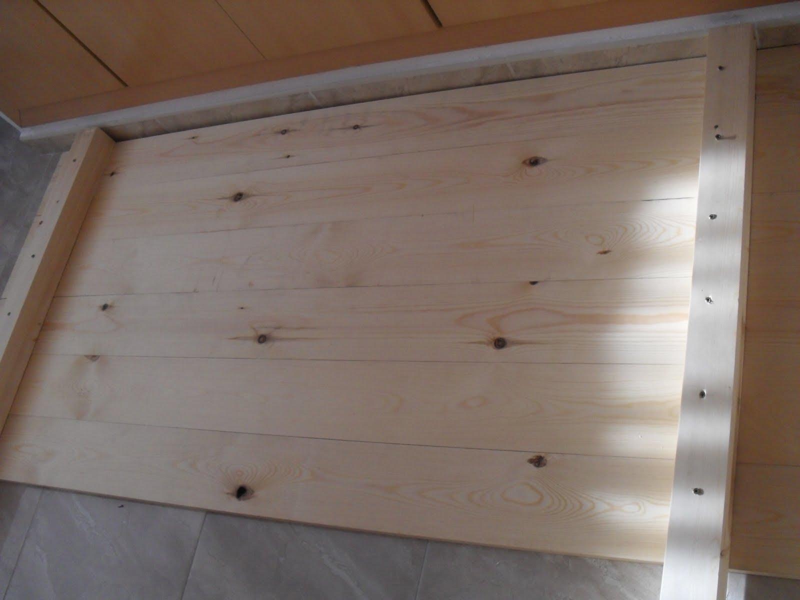 Mis manos molan cabezal de listones de madera - Cabezal de madera ...