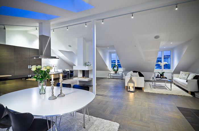 Casas minimalistas y modernas buhardillas modernas - Lamparas para buhardillas ...