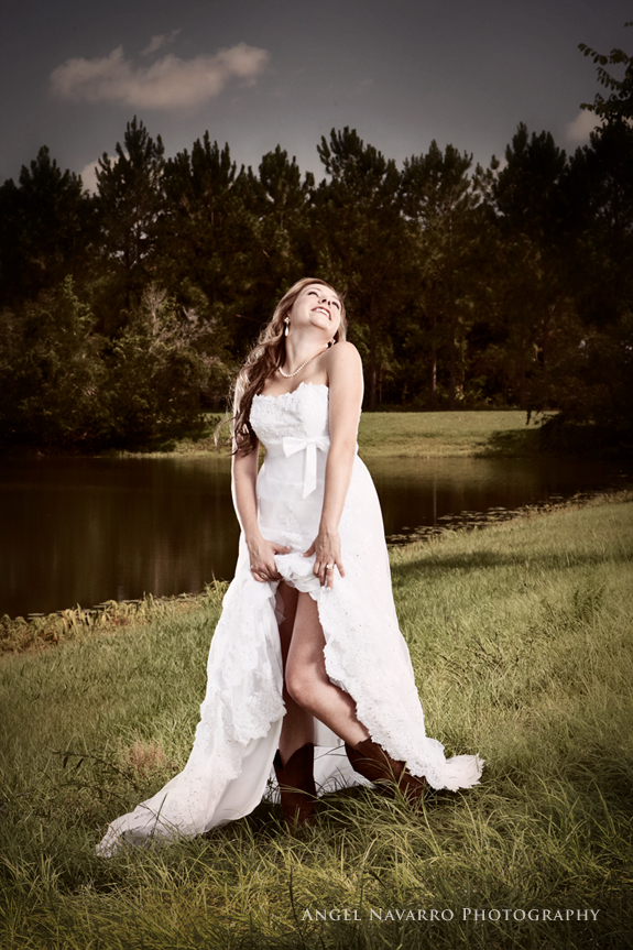 Photograph of Bride Outdoors in Sarasota by Angel Navarro