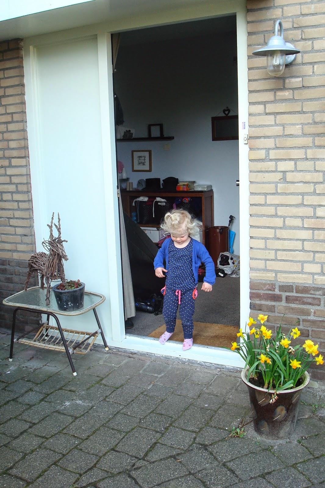 Jannekes jolige wereld zet de deur van je huis maar open weggeefactie - Kroonluchter pampille huis van de wereld ...