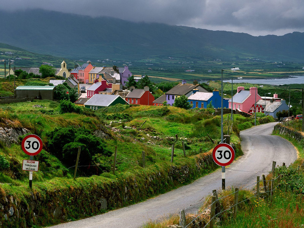 http://3.bp.blogspot.com/-zutFj83uL2U/T2USjCaGylI/AAAAAAAAB2Q/yDEjlWf63dI/s1600/landscape-in-ireland-wallpaper_1024x768_27881.jpg