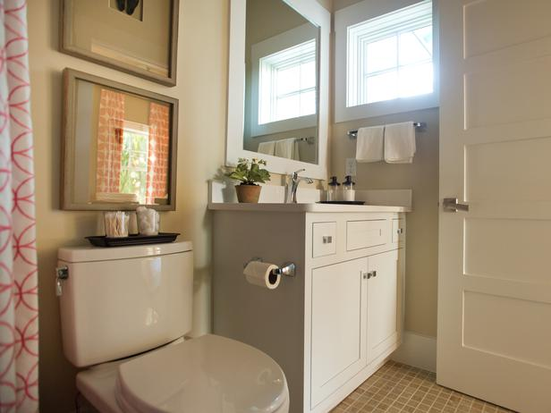 Guest Bathroom Pictures : HGTV Smart Home 2013 | Room Decorating Ideas