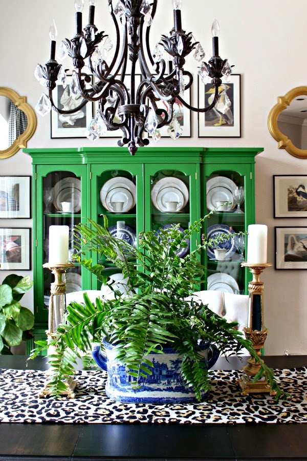 EVERYDAY DINING ROOM TABLE DECOR