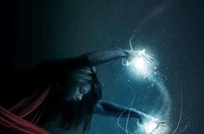 Sacerdotisa atlante da luz azul