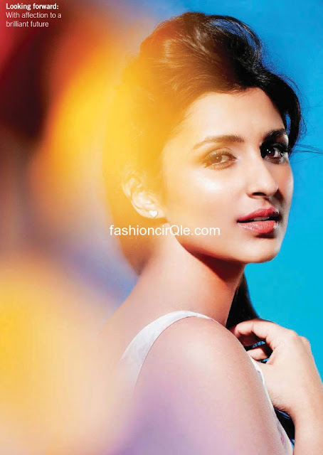 Parineeti Chopra Hot - (4) - Parineeti Chopra Filmfare Magazine Scans