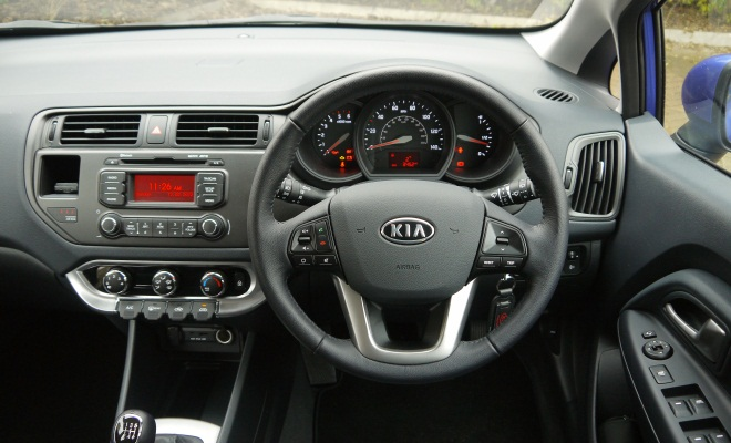 Kia Rio 2012 dashboard