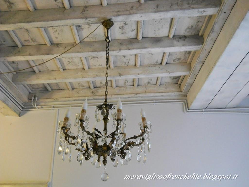 Soffitti In Legno Bianchi : Pannelli finto legno per soffitto con pannello tavolato rustico