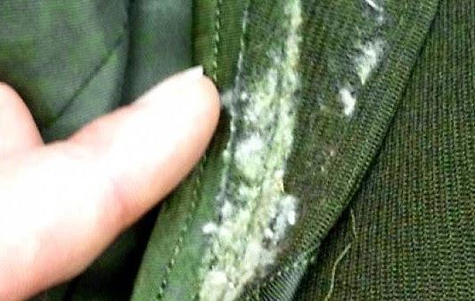 Δείτε πως μπορείτε να διώξετε την μούχλα από τα ρούχα!