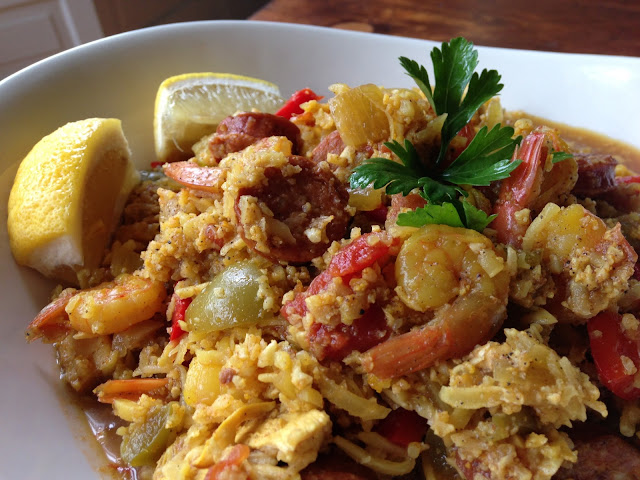 Worthy Pause Paleo Food Blog: Paleo Spanish Cauliflower Paella