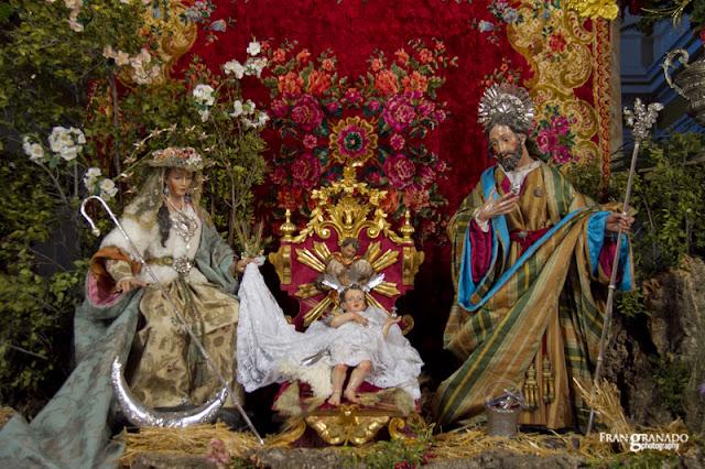 http://franciscogranadopatero35.blogspot.com/2015/12/portal-de-belen-de-la-parroquia-santa.html