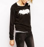 http://www.stylemoi.nu/bat-print-sweatshirt-with-shoulder-panel-detail.html