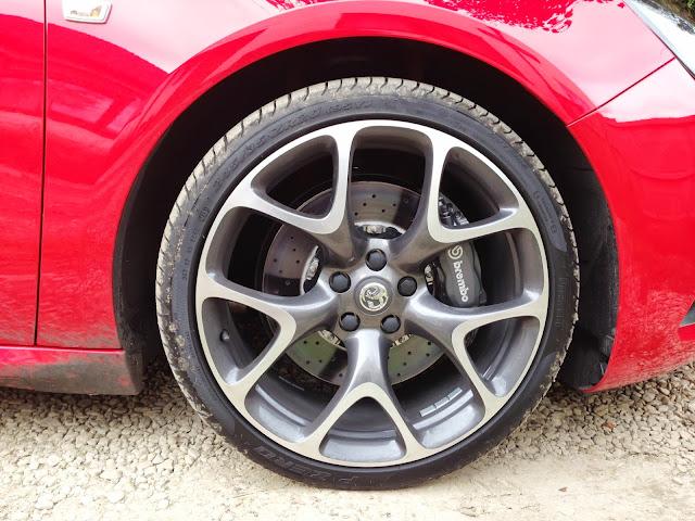 Vauxhall Astra VXR brakes