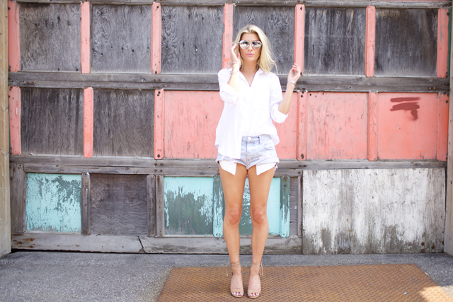 Melanie Auld Necklace, Aldo CASAROLO sandals, One teaspoon bandit cutoffs