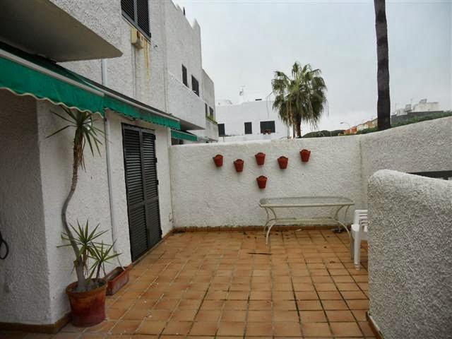 Mi casa de rota jardin de la almadraba rota alquiler for Alquiler de casas con piscina
