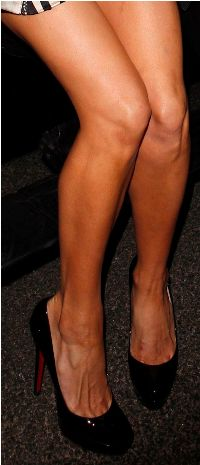 Paris Hilton Legs and Toe Cleavage