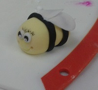 Fondant bee by Julie from Great Australian Bake Off