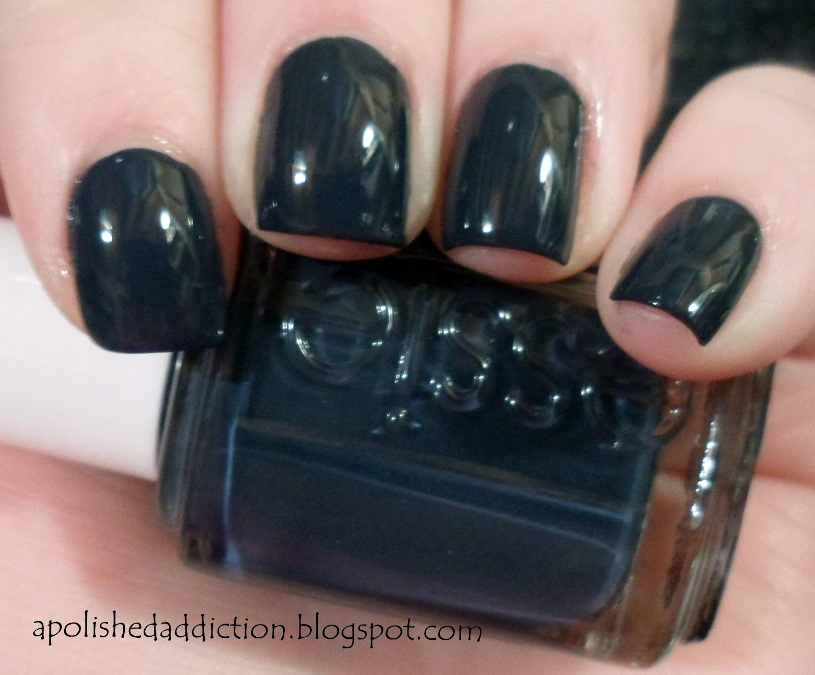 a polished addiction essie bobbing for baubles swatch and review. Black Bedroom Furniture Sets. Home Design Ideas