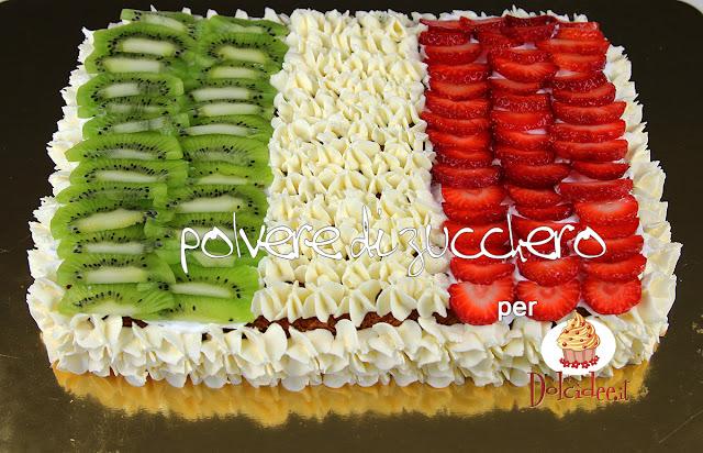 tutorial per dolcidee.it: torta tricolore con crema chantilly e frutta per celebrare la festa della repubblica