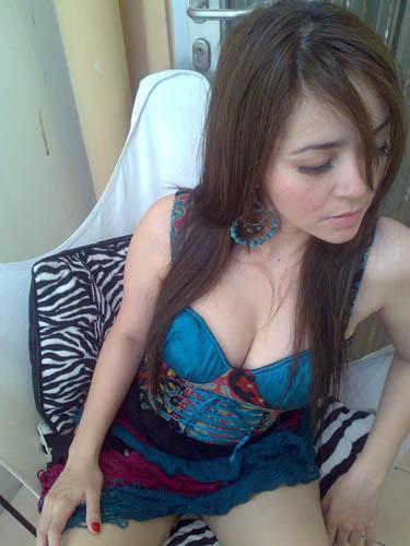 Tante Kesepian Ngentot Dengan Toket Gede Pic 5 of 35