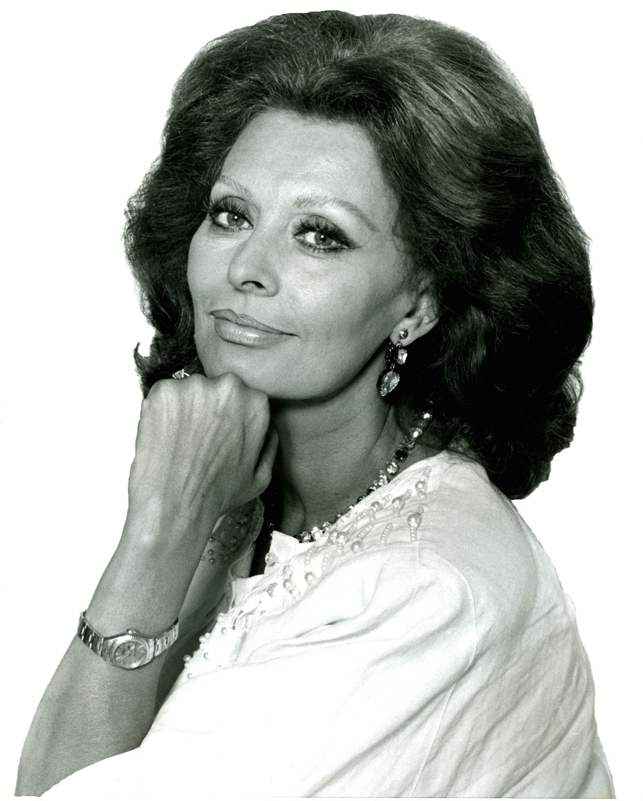 Sophia Loren Has Been Wearing Her Trademark Yellow Gold Lady Date For