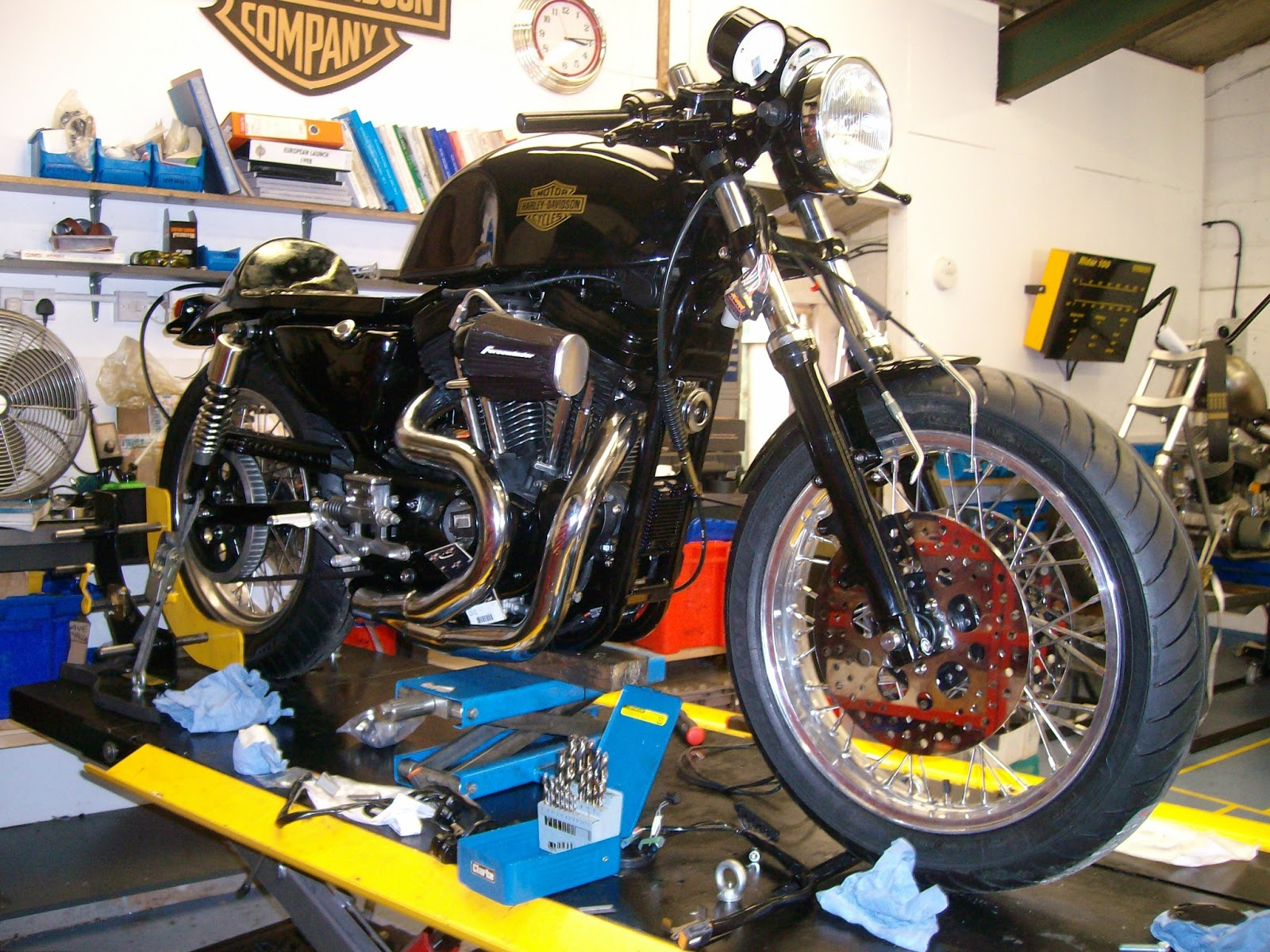 buell cafe racer conversion way2speed. Black Bedroom Furniture Sets. Home Design Ideas