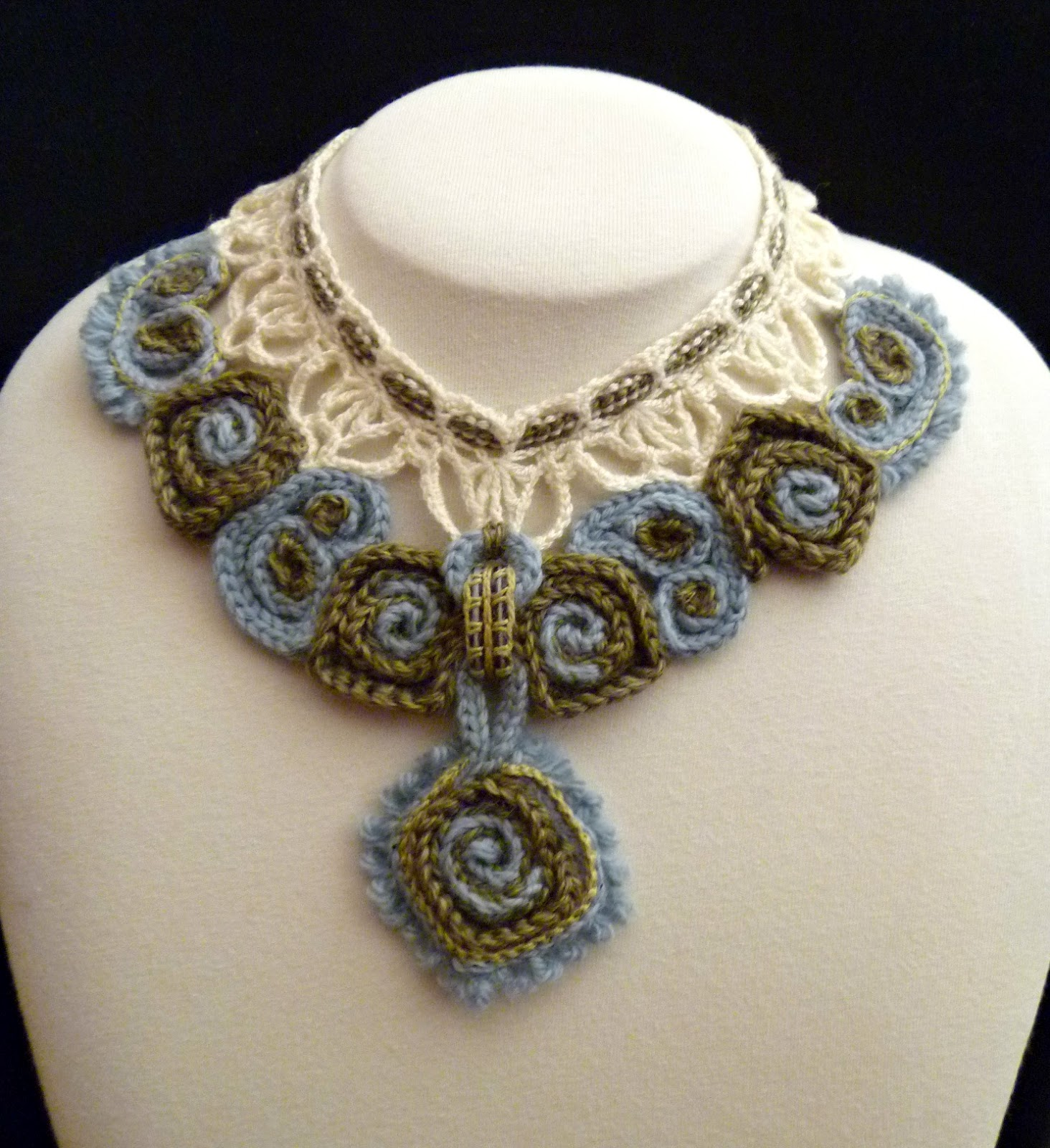 Crochet Necklace : Stitch Story: My Prize Winning Marseille Crochet Necklace