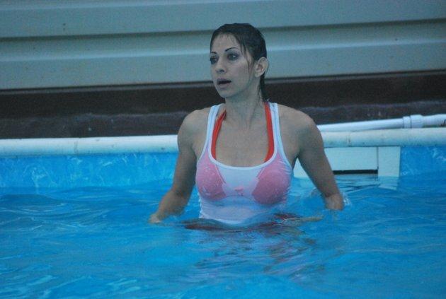 Nudes Photos 2014: Baniyan over Bikini adult photos