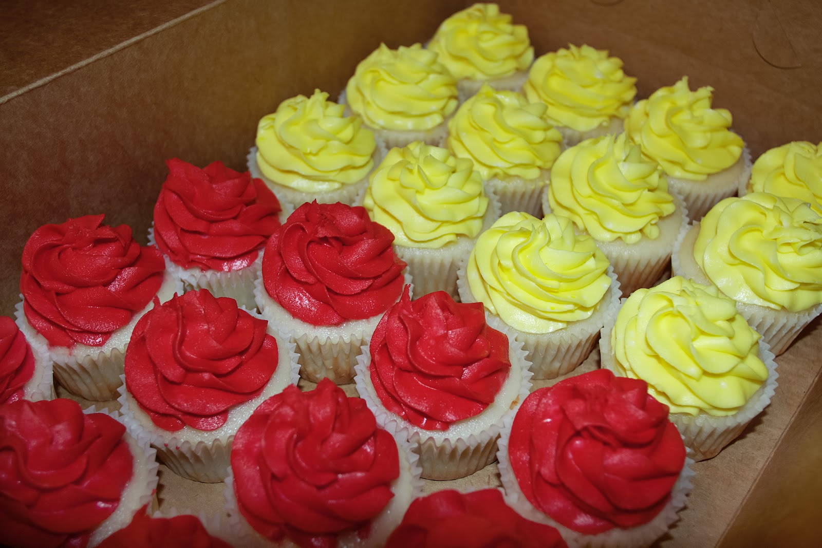 Simply Cupcakes: Red & Yellow White Wedding Cake Cupcakes