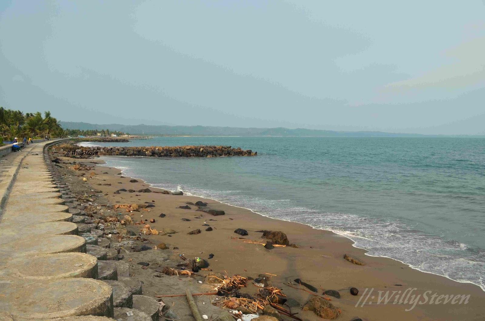 Travellermeds Pantai Pangandaran