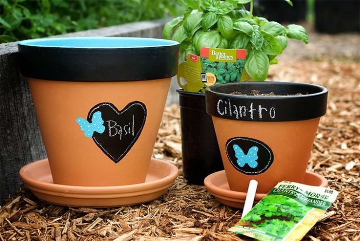 decorar macetas de barro, sencillo y paso a paso - guia de jardin