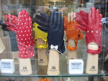 Glove shop