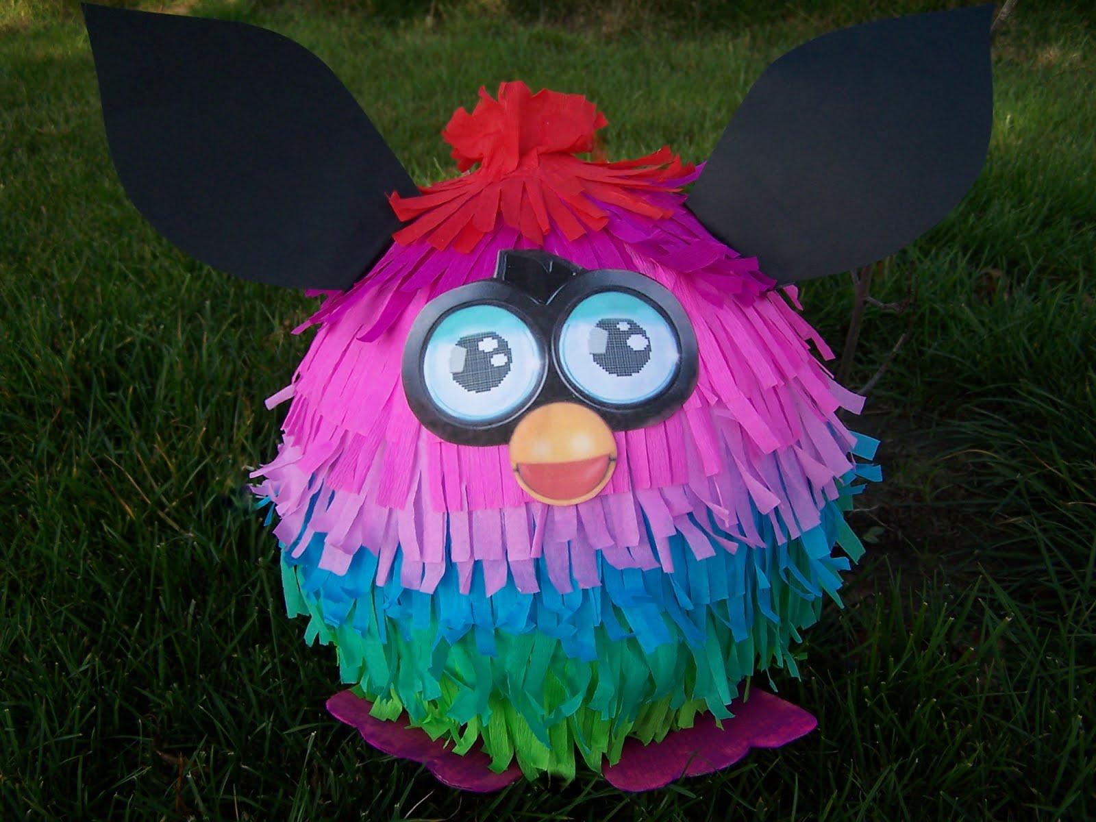 Mała piniata Furby
