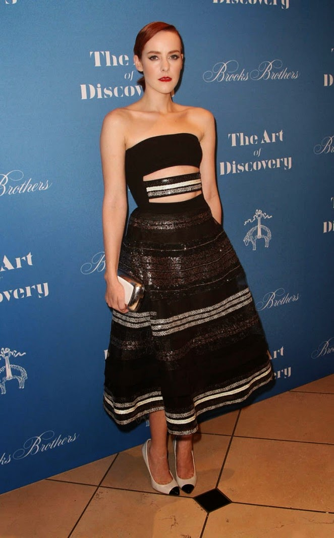 Jena Malone wears a Reem Acra dress to Jeff Vespa's 'The Art of Discovery' book launch in Beverly Hills