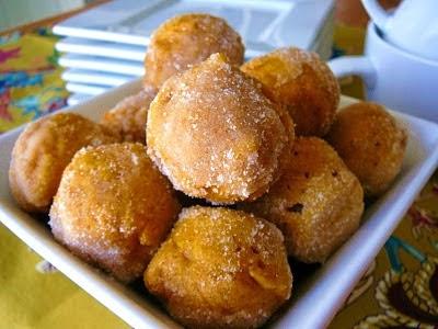http://www.eat8020.com/2011/09/80ish-pumpkin-donut-holes.html