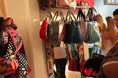 la sucursal feria del diseño independiente, fashionbloggers de cali, fashion blog colombiano, diseños caleños, emprendimientos culturales de colombia, empresas culturales de cali colombia, cali es cultura, cali es arte, cali es moda